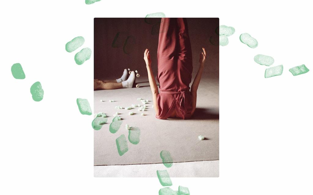 'Headless' Tanztheater von backsteinhaus produktion - Caroline Intrup | Sprecherin Performerin Sprechtrainerin | Berlin