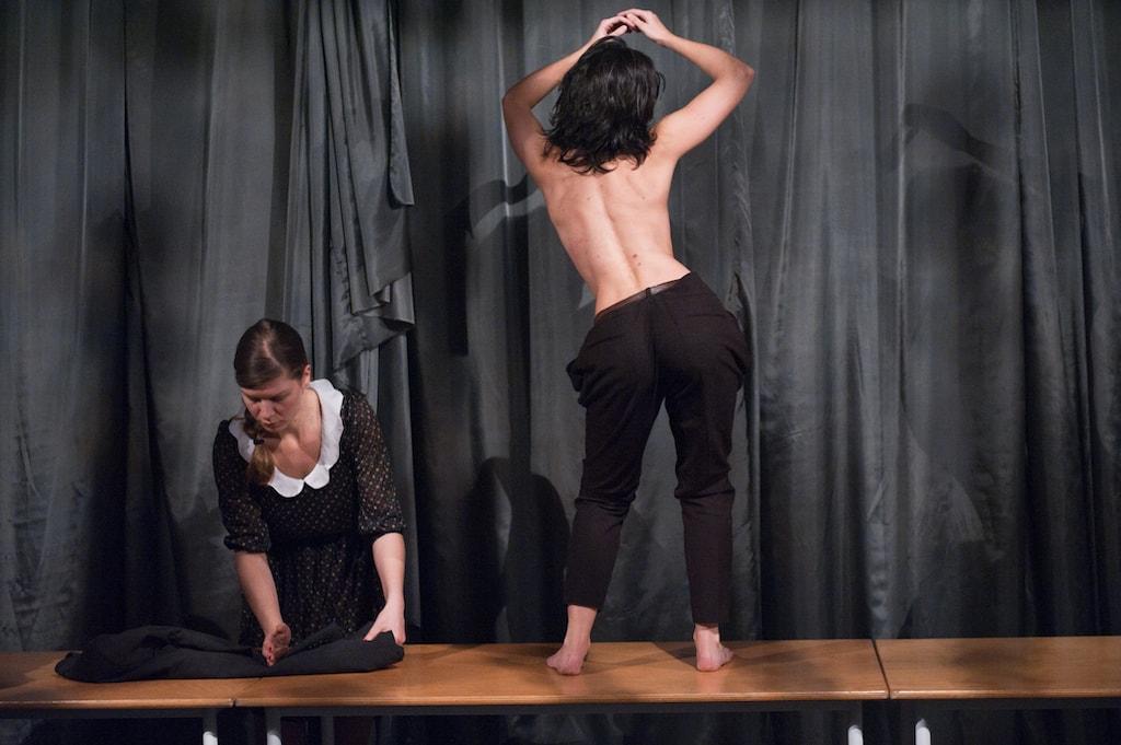 'Das Lux-Protokoll' Tanztheater von backsteinhaus produktion - Caroline Intrup | Sprecherin Performerin Sprechtrainerin | Berlin